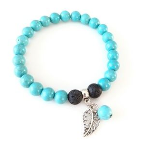 Jewelry - ONLY ONE! Turquoise howlite and lava rock bracelet